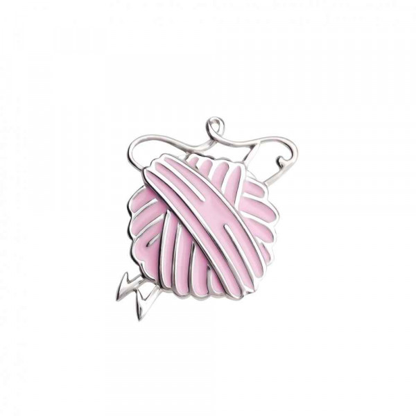"""Brooch """"Ball of wool and knitting needles"""""""